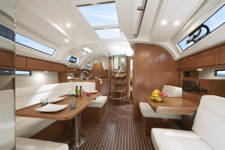 Bavaria Cruiser 41 image 5